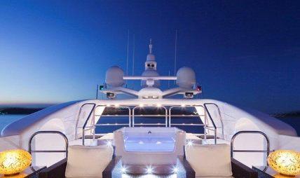 Lisa IV Charter Yacht - 2