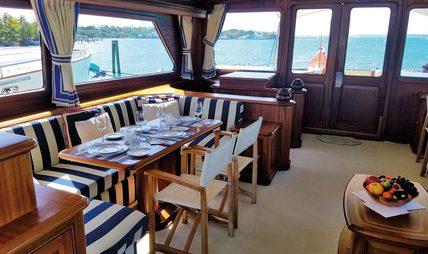 Essence of Cayman Charter Yacht - 7