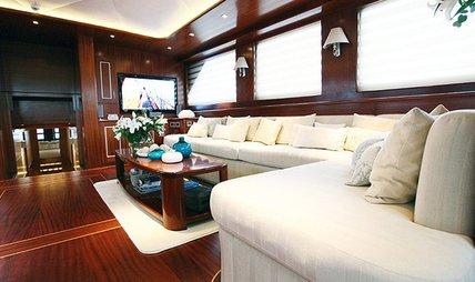 Carpe Diem V Charter Yacht - 6