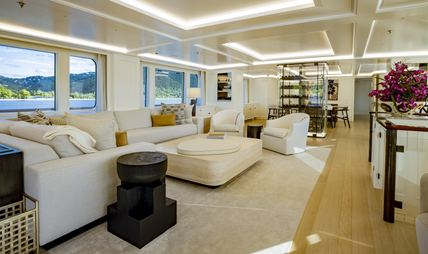 Broadwater Charter Yacht - 7