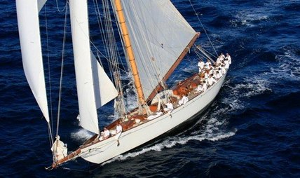 Moonbeam IV Charter Yacht