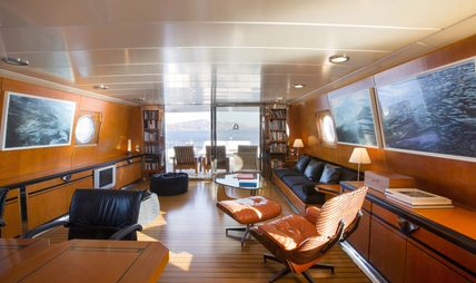 Libra Y Charter Yacht - 8