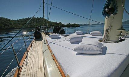 Tango Charlie Charter Yacht - 5