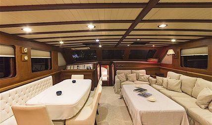 Mia I Charter Yacht - 6