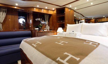 Raymond Du Puy Charter Yacht - 8