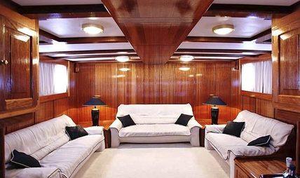 Buena Chica Charter Yacht - 6