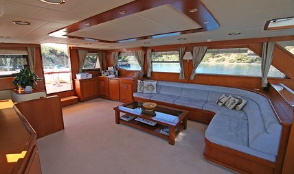 Tango Charlie Charter Yacht - 4