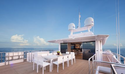 Impatient IV Charter Yacht - 3