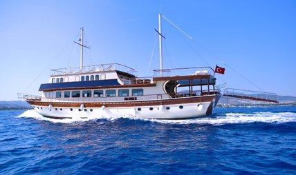 B&B 2 Charter Yacht - 5