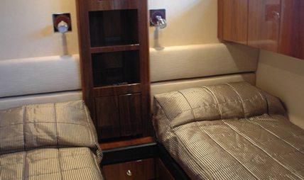 D5 Charter Yacht - 7