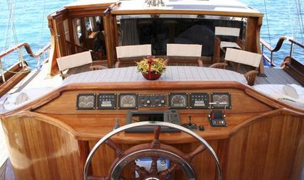 Bel Air Charter Yacht - 5
