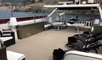 Paula III Charter Yacht - 5