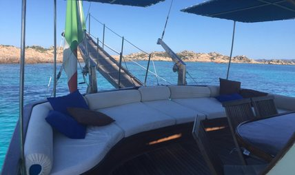 Alissa Charter Yacht - 4
