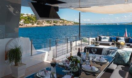 Cinquanta 50 Charter Yacht - 4