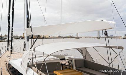 J Six Charter Yacht - 3