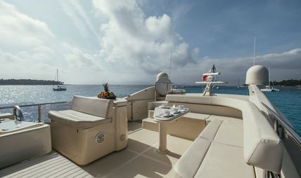 To Escape Charter Yacht - 2