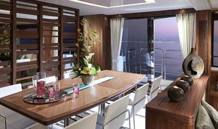 Sam K Charter Yacht - 8