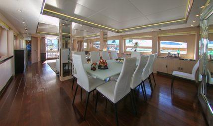 White Knight Charter Yacht - 5