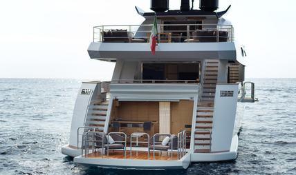 Mrs D Charter Yacht - 5