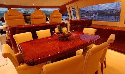 Shellona Charter Yacht - 5