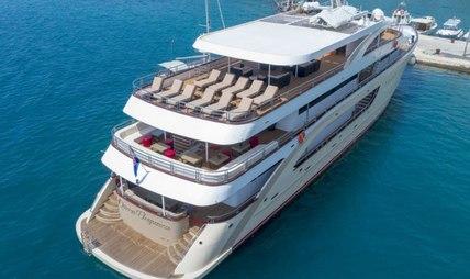 Queen Eleganza Charter Yacht - 5