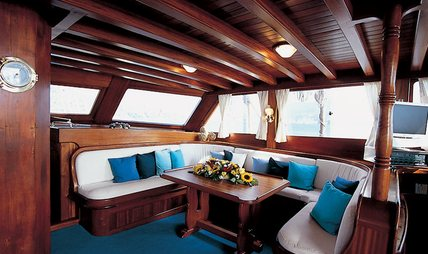 Matina Charter Yacht - 7