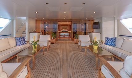 Laurel Charter Yacht - 4