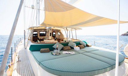 Norfolk Star Charter Yacht - 2