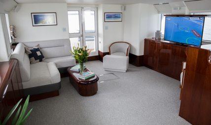 Laura J Charter Yacht - 5