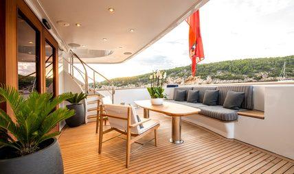De De Charter Yacht - 4