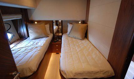 Dolce Vita III Charter Yacht - 8