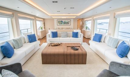 Isla Charter Yacht - 8