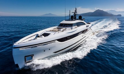 Mrs D Charter Yacht