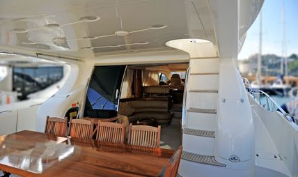 Azucena Mare Charter Yacht - 4
