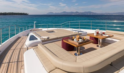 Mia Charter Yacht - 4