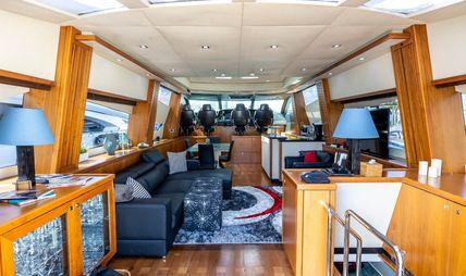 Sky Fall Charter Yacht - 5
