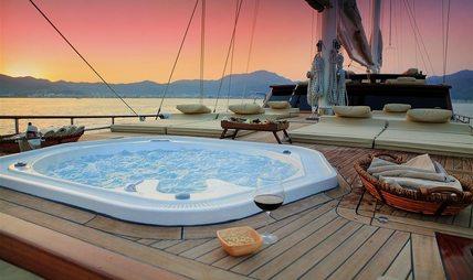 Mezcal 2 Charter Yacht - 6