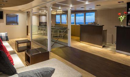 Rara Avis Charter Yacht - 8