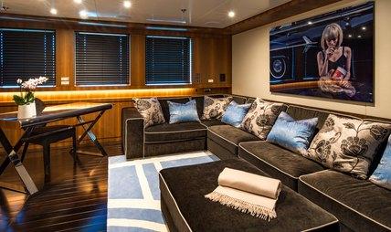 Rarity Charter Yacht - 8