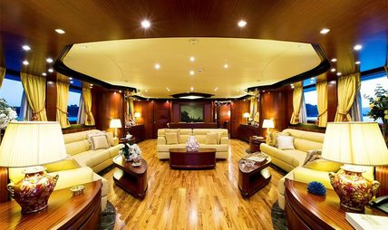 Holiday Charter Yacht - 6