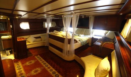 Esma Sultan II Charter Yacht - 7