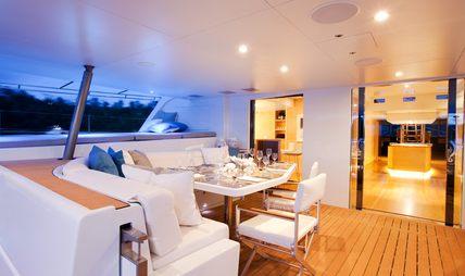 Bella Vita Charter Yacht - 6