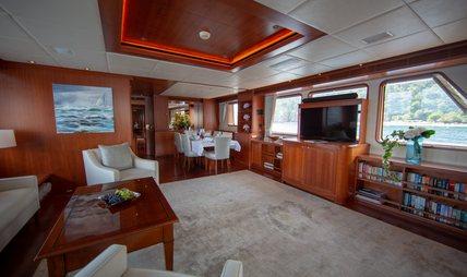 Cornelia Charter Yacht - 6