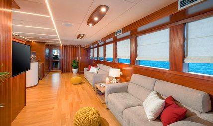 Son De Mar Charter Yacht - 8