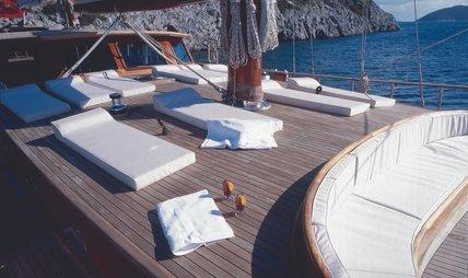 EYLUL DENIZ II Charter Yacht - 3