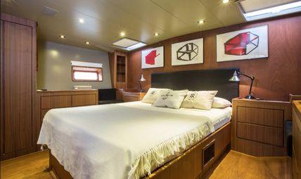 Sixteen Tons Charter Yacht - 8