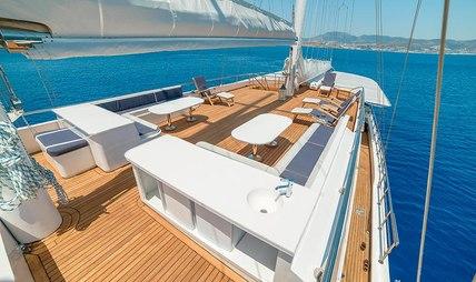 Bellamare Charter Yacht - 3