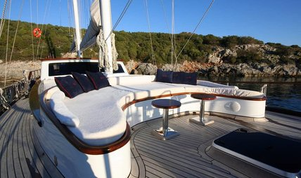 Didi Charter Yacht - 2
