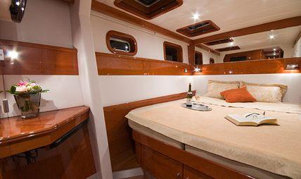 Catsy Charter Yacht - 5