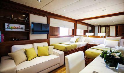 Masquenada Charter Yacht - 4